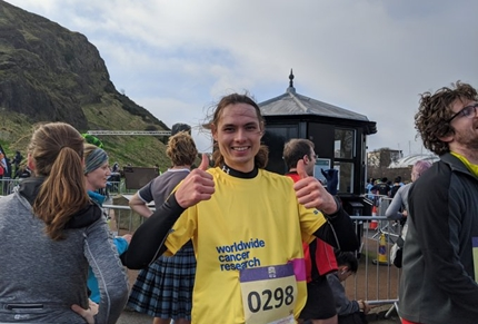 Great North Run Worldwide Cancer Research runner